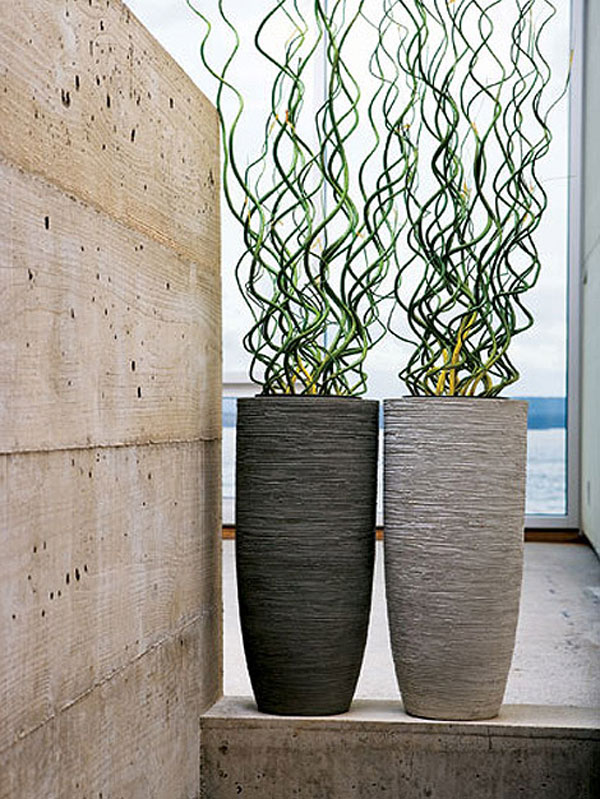 Напольные вазы в интерьере с фото